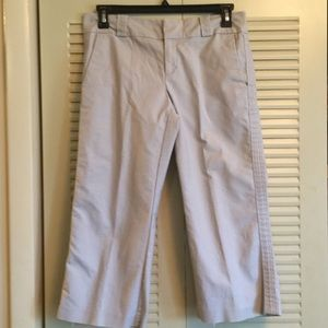 Woman's 10 old Navy Stretch  Low Wst Cropped Pant